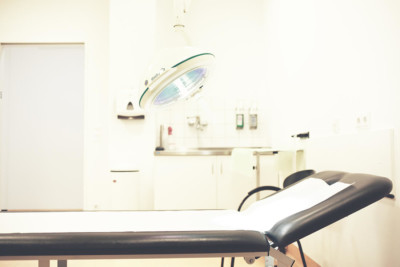 Orthopäde Berlin - Dr. Weischet und Dr. Marienfeld - Praxis - Behandlungszimmer